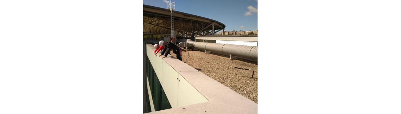 LONGE ANTICHUTE - Dispositif connecté au harnais de sécurité